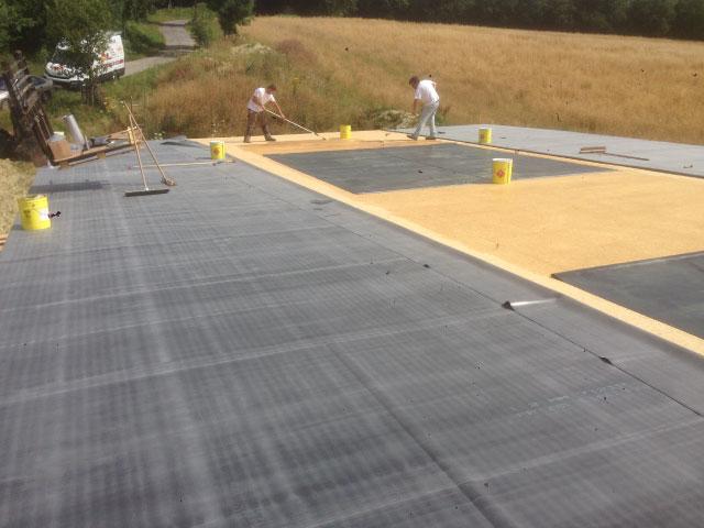 Rénovation d'une toiture plate en bitume par nos spécialistes couvreurs - Nogent le Rotrou, Nocé, Bellême, Chartres, Le Mans - Eure et Loir - Sarthe - Orne - Perche