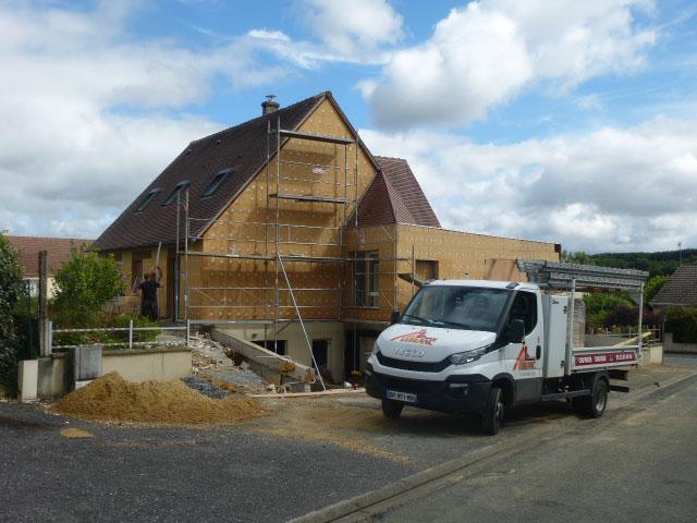Installation à l'extérieur de blocs isolants à l'extéireur afin d'optimiser l'isolation et les ressources énergétiques - Nogent le Rotrou, Nocé, Bellême, Chartres, Le Mans - Eure et Loir - Sarthe - Orne - Perche
